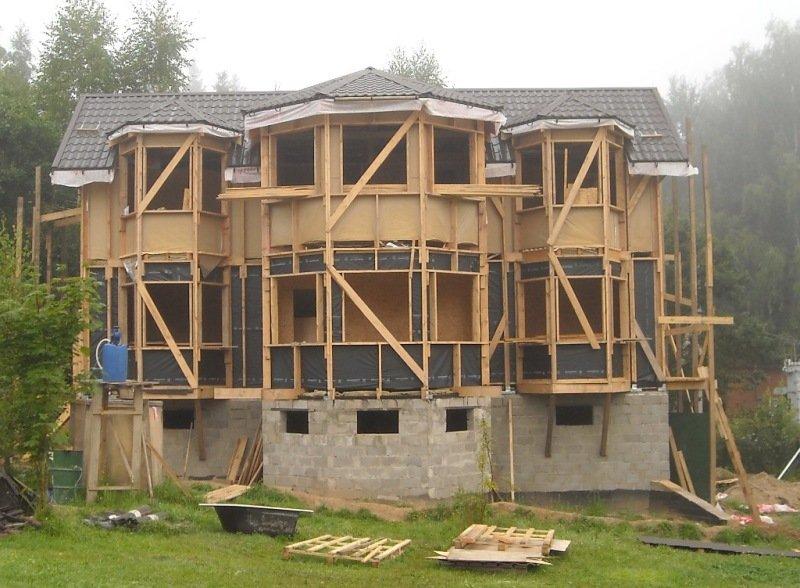 К тому же, конструкция каркасного дома